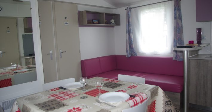 salon mobil-home 4 places